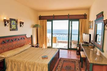 Apple Style Faraana Reef Resort